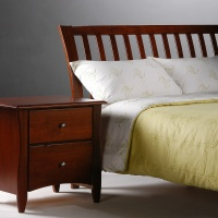 nutmeg bed full cherry w clove nightstand.jpg